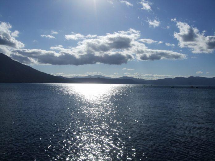 支笏湖湖面風光