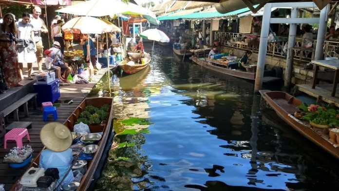 大江林水上市場