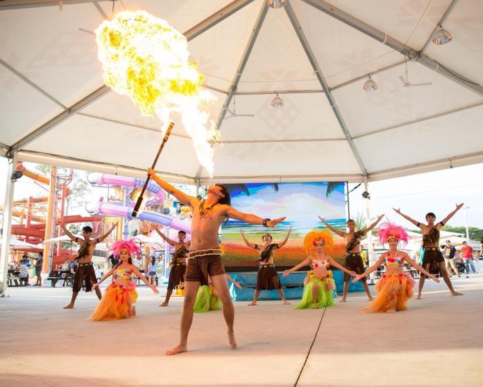 芭達雅卡通頻道水上樂園 表演 1