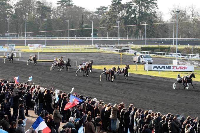 Så suveræn var Up and Quick med Jean Michel Bazire i Prix de Paris. Foto Gerad Forni/Scoop Dyga
