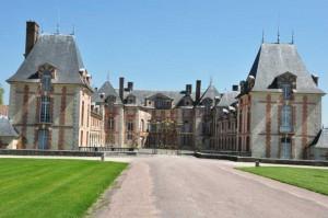 Slottet Grosbois, hvor frabnsk travsports træningscenter er anlagt omkring