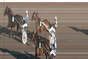 Vikki C N med Flemming Jensen vinder foran indvendige Vinder Vang og Ganghis Khan,