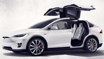 Tesla mit Flügeltüren Quelle: Tesla/TRD