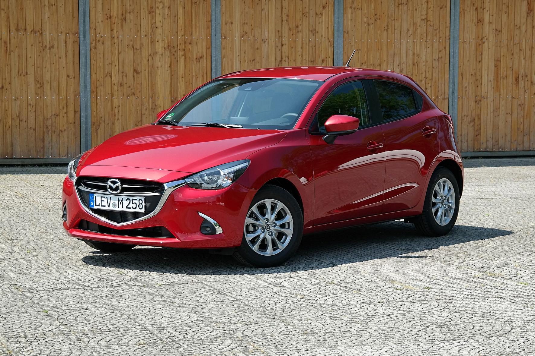 Technik-Update für Mazda2 und CX-3
