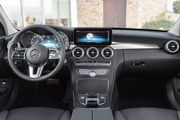 Ein Mercedes Cockpit auf dem GenferSalon