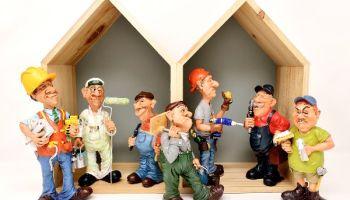 Handwerker Figuren im Haus