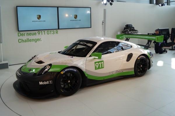 Porsche 911 GTR3 Rennsport 2