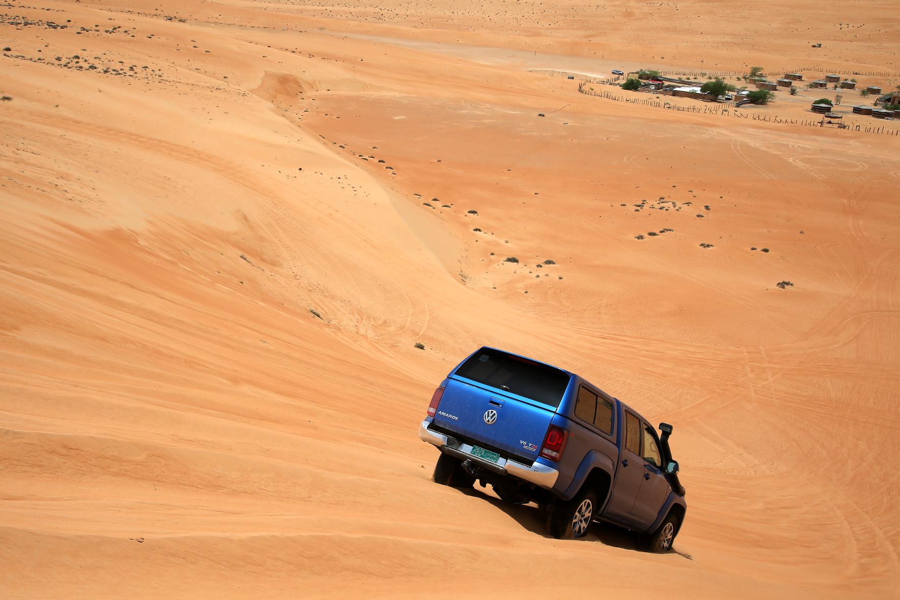 Mit dem Pick-up 1000 Kilometer durch das Wüstenland