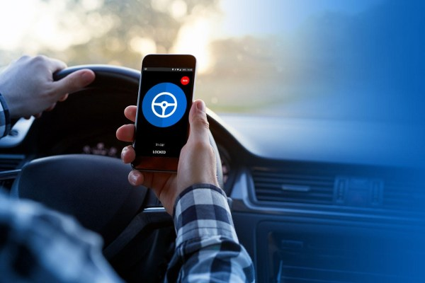Die SafedriveApp auf dem Smartphone