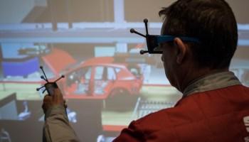 - Auto-Designer bekommen besseren Durchblick dank 3D-Brille und virtueller Darstellung von Realität.© Seat/TRD Technik