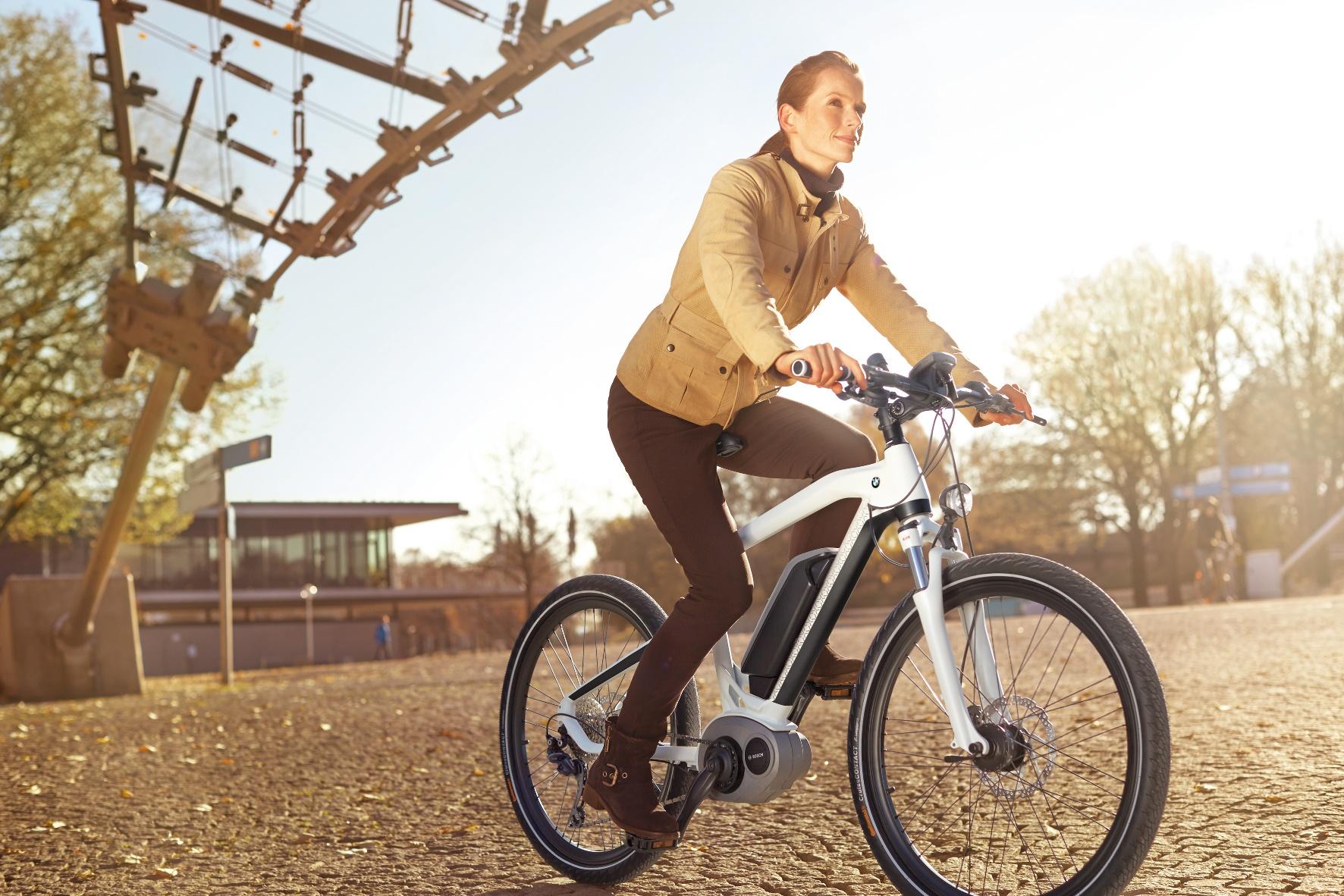 Dienstrad-Leasing: Jeder zehnte BMW-Mitarbeiter fährt mit dem Rad zur Arbeit