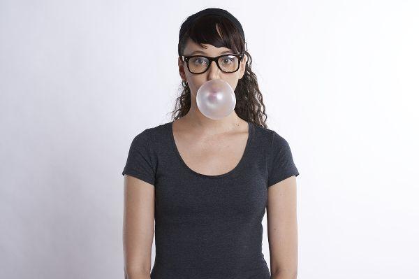 Kaugummi soll angeblich vor Karies schützen. © RobinHiggins / pixabay.com /TRD medizin und gesundheit