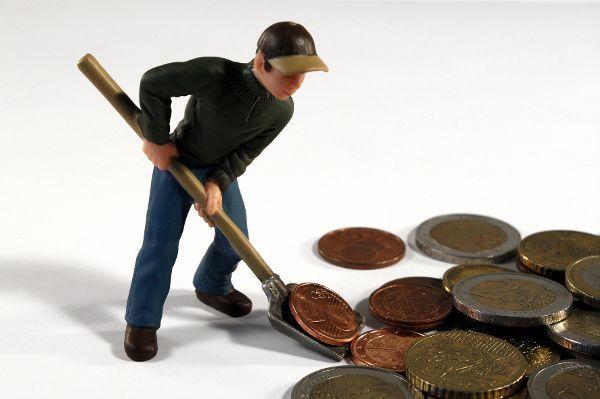 TRD-Wirtschaft: Über Ökostrom-Verschwendung und Überstunden-Skandale