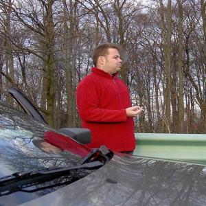 Raucher und Auto
