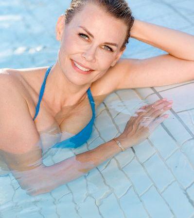 """Regelmäßiges Thermalbaden: Eine belebende """"Altersbremse"""" gegen Stress"""