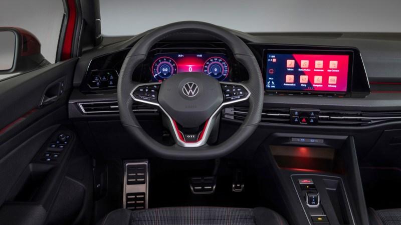 Das Cockpit im neuen Golf GTI