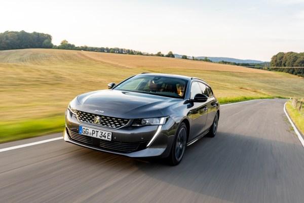 Neue Autos mit Hybrid-System