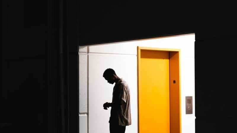 Angst im Aufzug