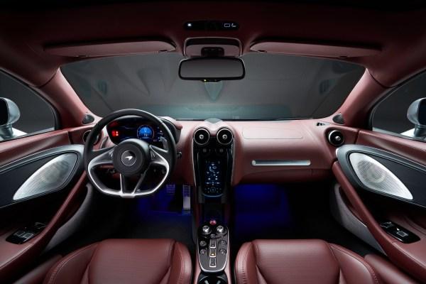 Edel wie in einem Londoner Herrenclub sieht das Interieur des McLaren GT aus. © McLaren / TRD mobil