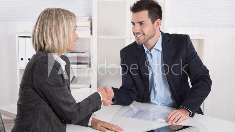 Begrüßung in einem Vorstellungsgespräch: Business Team