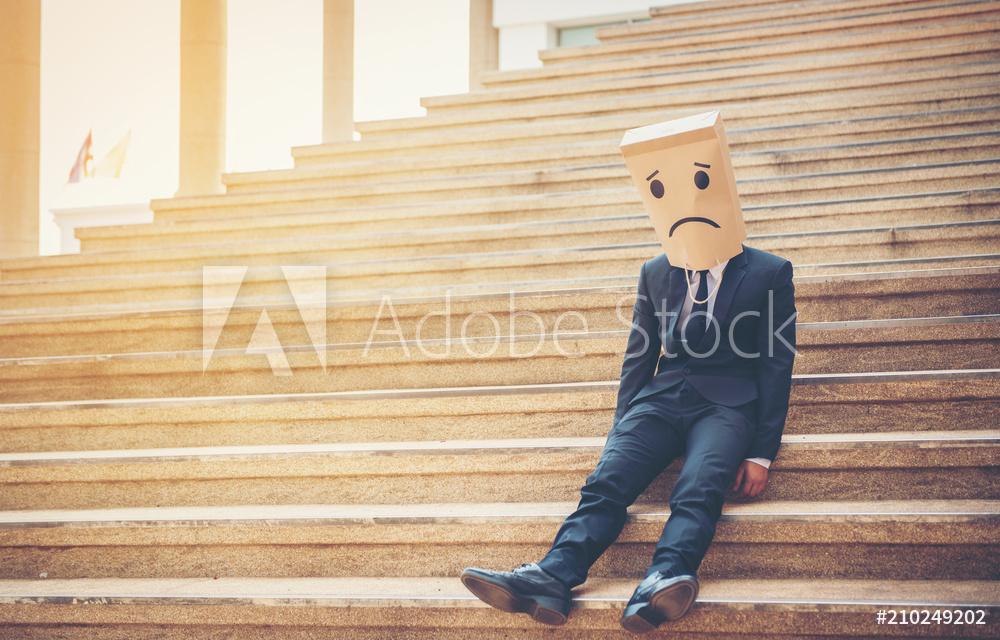 Arbeitsunfähig: Trotz Befreiung von der Maskenpflicht in der Verwaltung