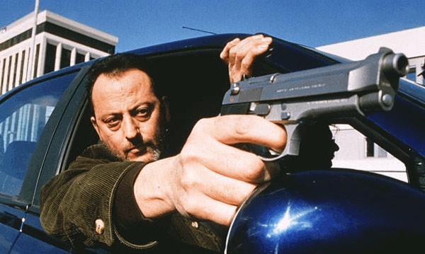 Quand on dit icône culturelle ... Jean Reno dans le film Ronin (image tirée du film).