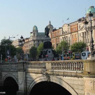 Literary Delights & River Liffey Sights