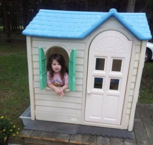Kids Outdoor Playhouse