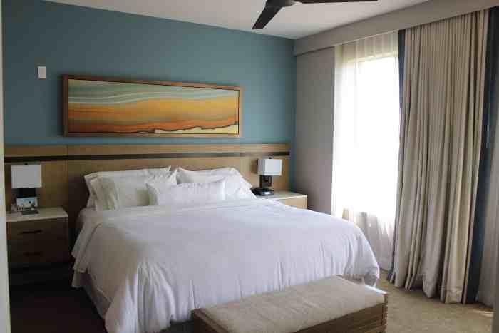 Bedroom in the Westin Kierland one-bedroom villa