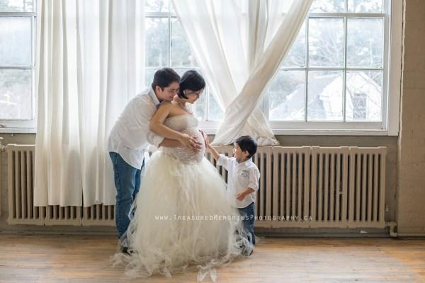 Hamilton Maternity Photographer Family