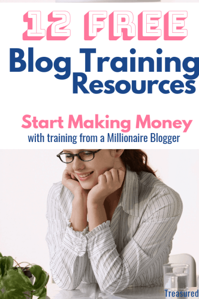 woman at desk for free blog training post
