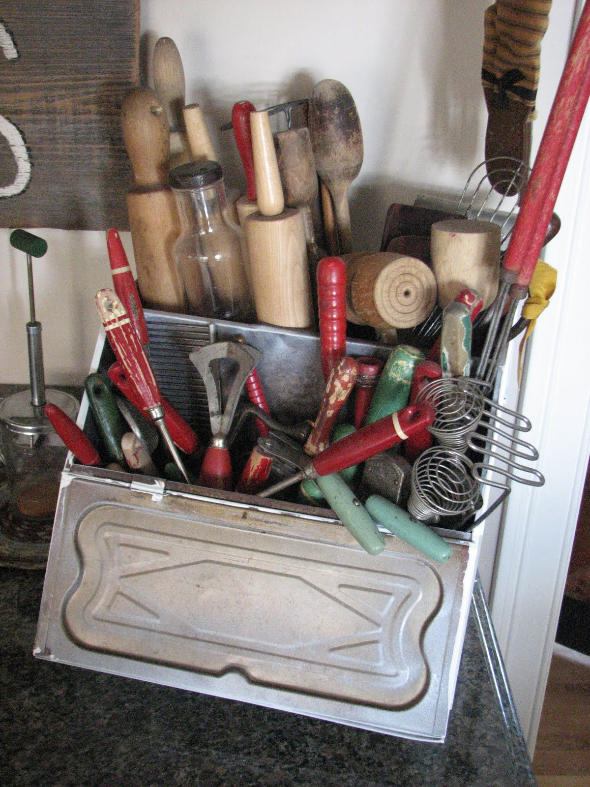 kitchen tool crock exhaust system treasured tidbits by tina 14 fun, simple ways to organize ...