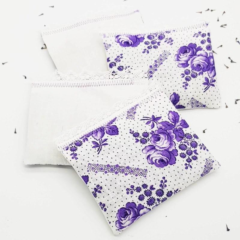 Lavendelkissen lila-weiß