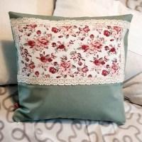 Kissenbezug mit Rosenmuster