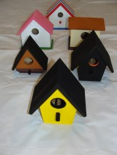 "Basic Design  Birdhouses  Item #""s: FRONT: BD1B     ROW 2: LEFT: BD1D     RIGHT: BD2D   ROW 3: LEFT: BD3C     RIGHT: BD1C   BACK ROW: BD2B