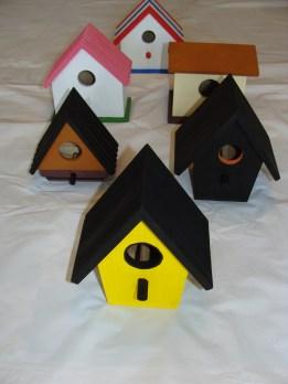 "Basic Design  Birdhouses  Item #""s: FRONT: BD1B     ROW 2: LEFT: BD1D     RIGHT: BD2D   ROW 3: LEFT: BD3C     RIGHT: BD1C   BACK ROW: BD2B Price: $10.00"
