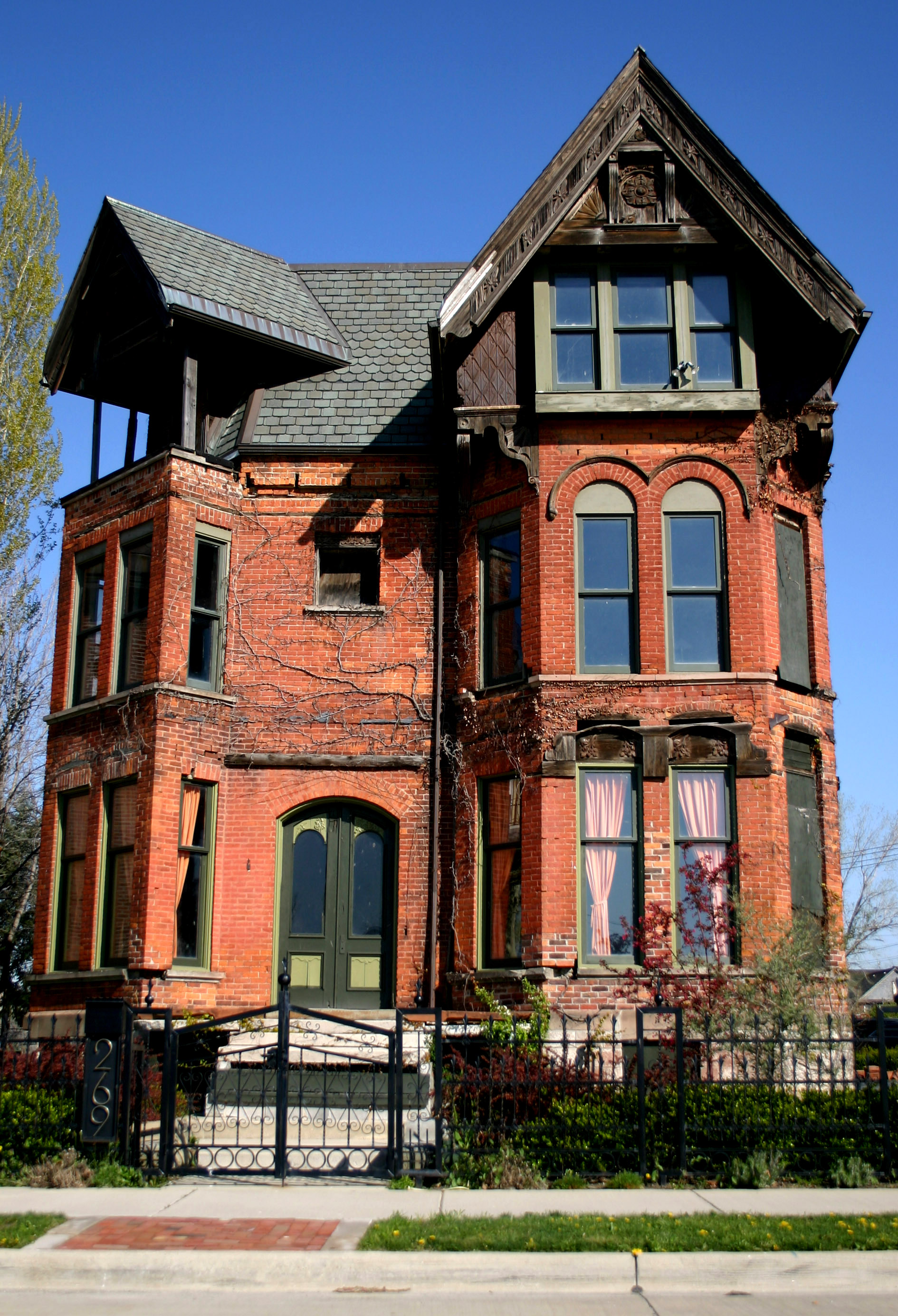 Brush Park Restored  Treasures of Detroit