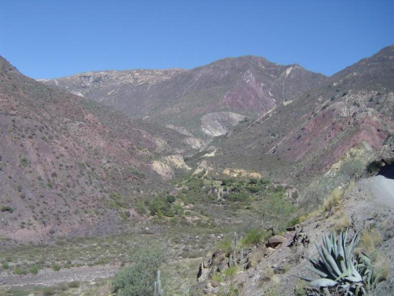The beautiful colors of the mountains along the route from Ayacucho to Huancayo!