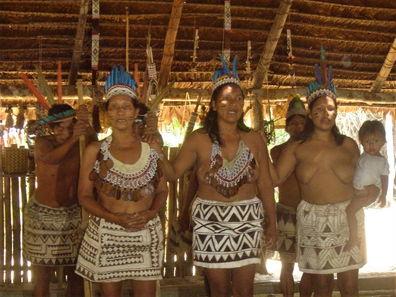 We had a fantastic time visiting this wonderful tribe who showed us their traditional music and dance!