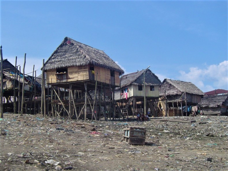 The houses of Belen, high up on stilts.