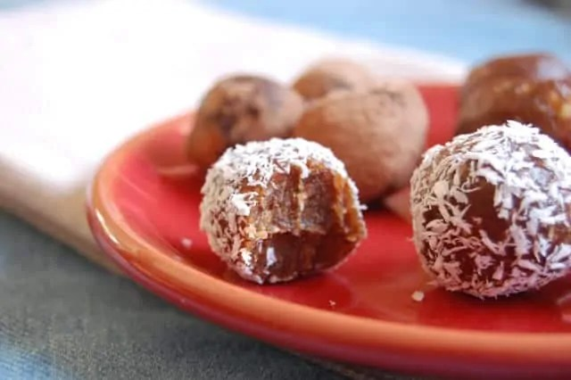 Perfectly sweet date truffles - Uproot from Oregon
