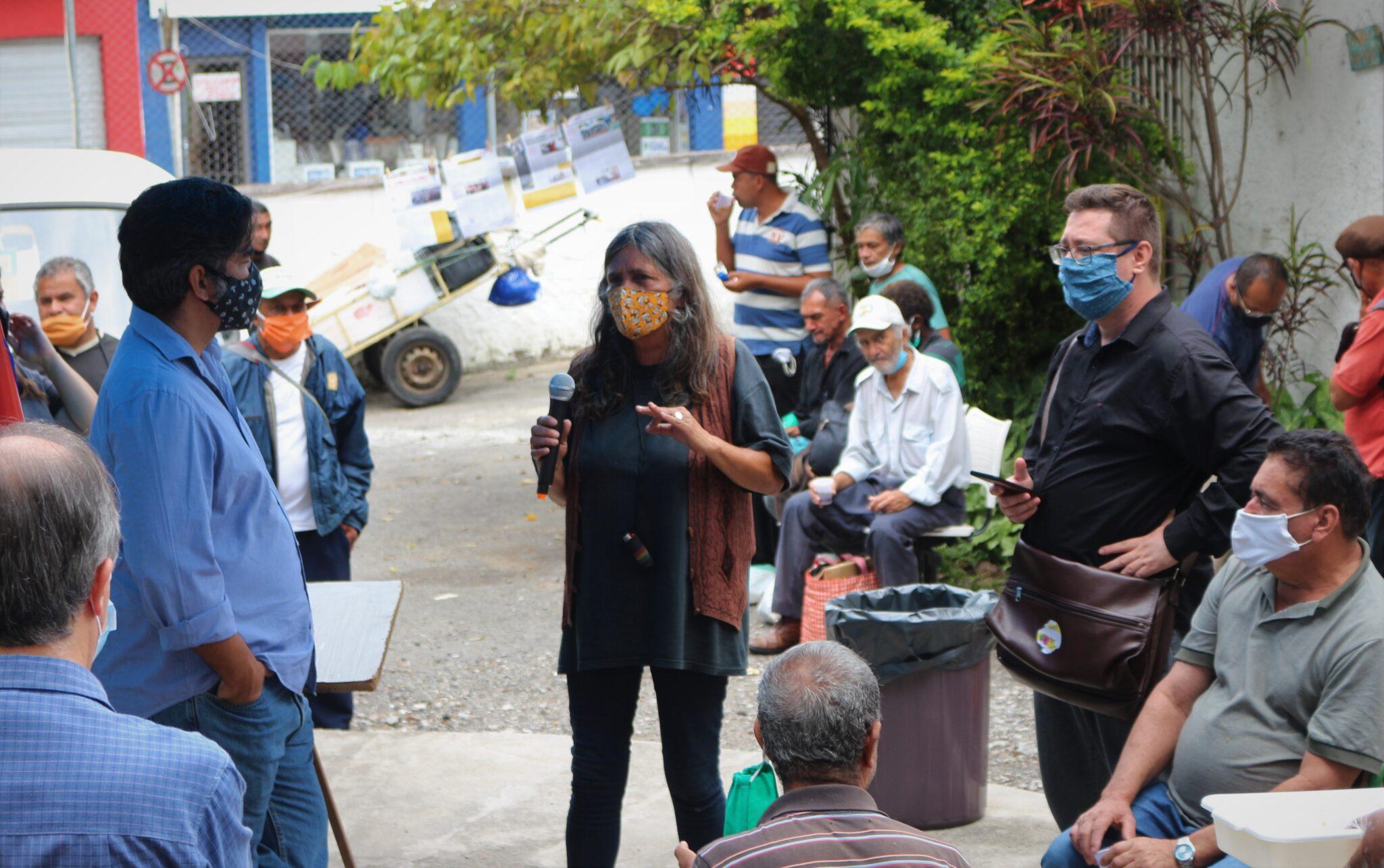 Foto_Cláudia Pereira – Missão do CNDH ouvindo a Pop Rua de Santo Amaro