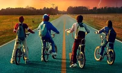 A Netflix divulgou um novo poster promocional para Stranger Things 2 juntamente com a data oficial de estreia. Veja agora mesmo!