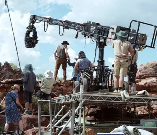 Sequência de Crocodilo Dundee, Dundee: The Son of a Legend Returns Home, traz Danny McBride como filho do icônico personagem