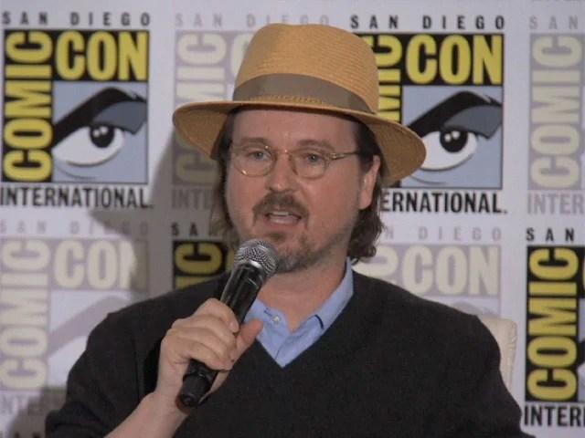 Diretor de Batman, Matt Reeves assina contrato de exclusividade com a Netflix