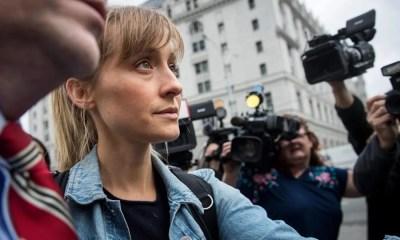 Allison Mack, a Chloe de Smallville, consegue sair da prisão por tráfico sexual após pagar fiança. Saiba mais
