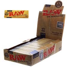 RAW CLASSIC 1 1/4 SIZE NATURAL UNREFINED ULTRA THIN 79MM ROLLING PAPERS