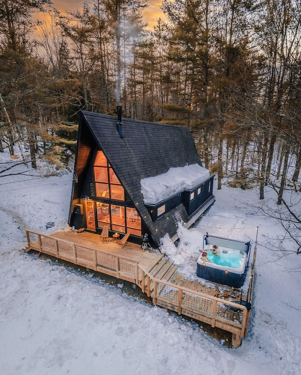 Treehouses in New England A frame with hot tub mount snow vermont