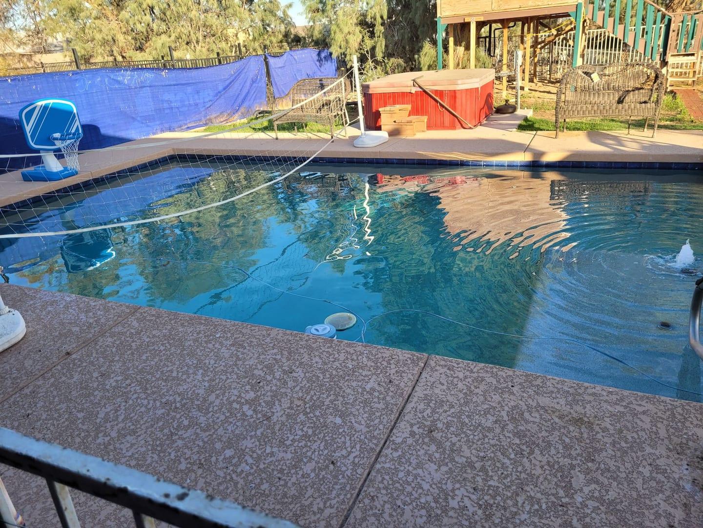 Arizona Treehouse Rental with swimming pool