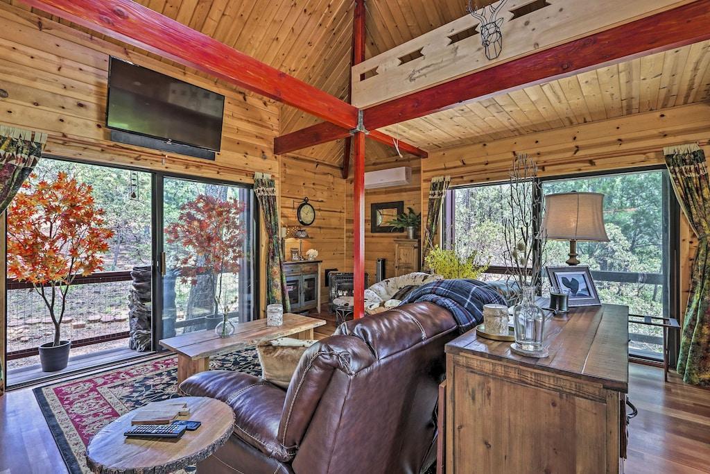Cabin Arizona Treehouse Rental